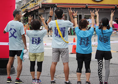 みんなからの声援10倍増しd(^_^o)チームTシャツ・部活Tシャツ制作事例