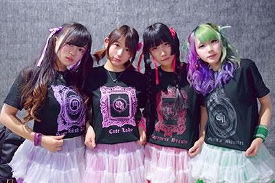 ダンスチームのオリジナルメンバーTシャツ